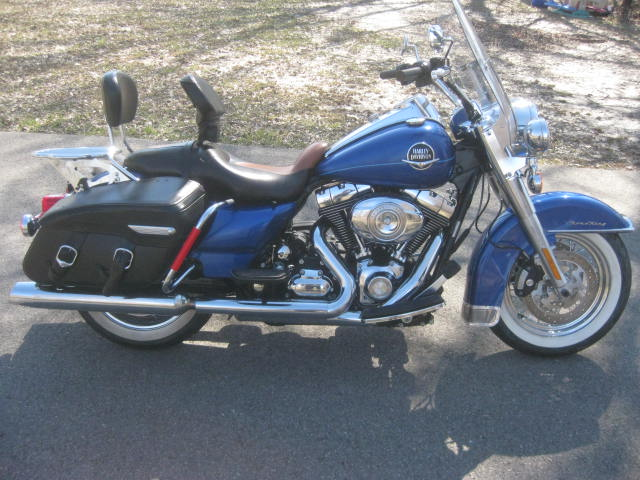 2010 Harley Davidson  FLHRC Roadking Classic