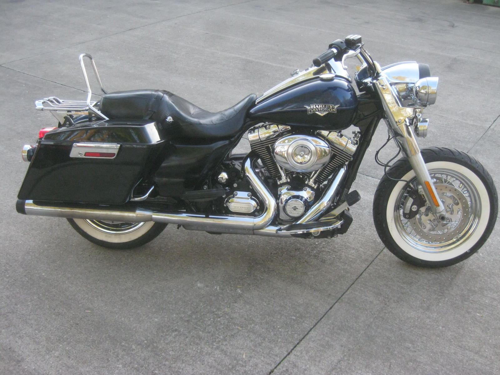 2012 Harley Davidson  FLHRC Roadking Classic
