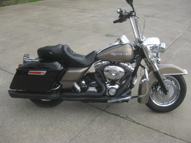 2004 Harley Davidson  FLHRSI Road King Custom